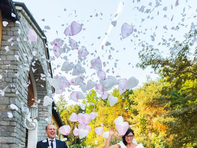 Il matrimonio di Emiliano e Roberta a Ferno, Varese 25