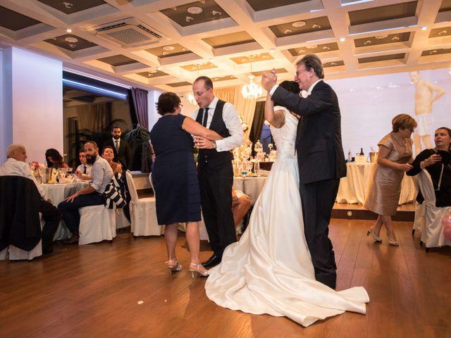 Il matrimonio di Emiliano e Roberta a Ferno, Varese 45
