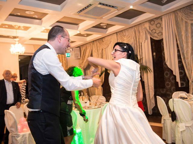 Il matrimonio di Emiliano e Roberta a Ferno, Varese 47