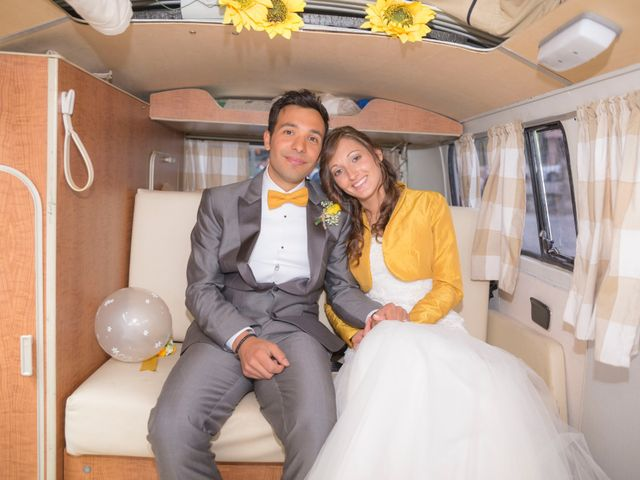 Il matrimonio di Davide e Daniela a Besozzo, Varese 5