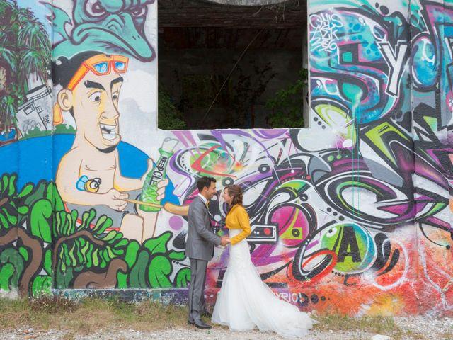 Il matrimonio di Davide e Daniela a Besozzo, Varese 12
