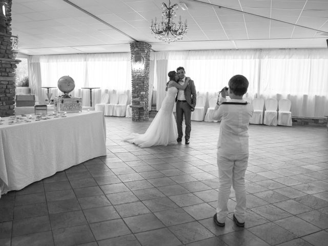 Il matrimonio di Davide e Daniela a Besozzo, Varese 21