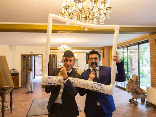 Il matrimonio di Davide e Daniela a Besozzo, Varese 22