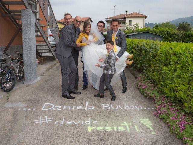 Il matrimonio di Davide e Daniela a Besozzo, Varese 28