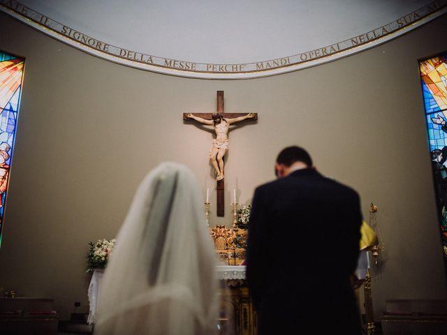 Il matrimonio di Alessio e Sabrina a Napoli, Napoli 24