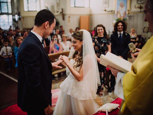 Il matrimonio di Alessio e Sabrina a Napoli, Napoli 27