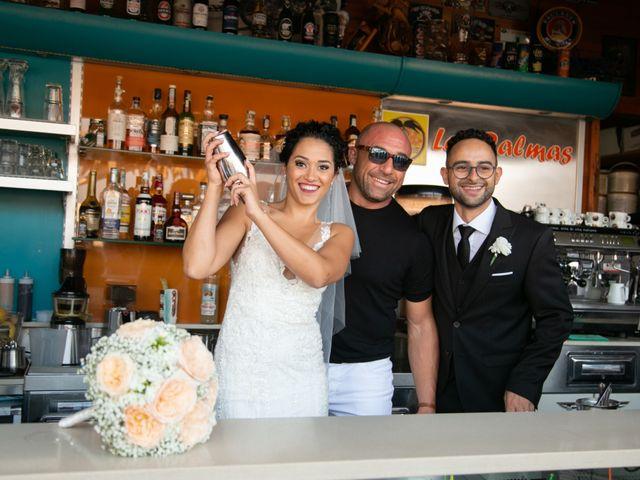 Il matrimonio di Tonio e Miriam a Mola di Bari, Bari 19