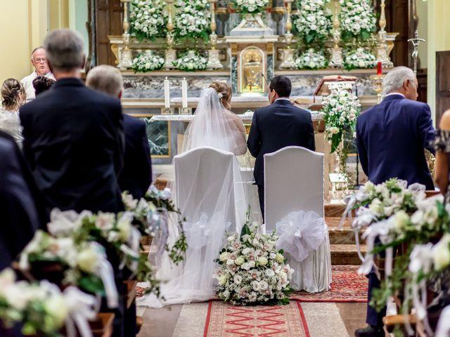 Il matrimonio di Roberto e Daniela a Oggiona con Santo Stefano, Varese 23