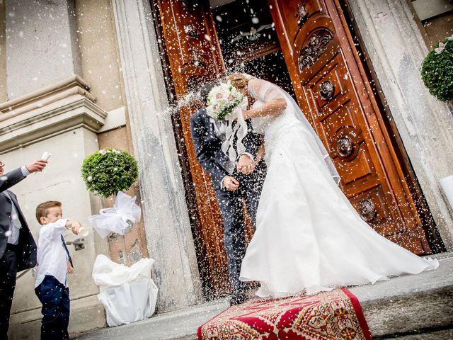 Il matrimonio di Roberto e Daniela a Oggiona con Santo Stefano, Varese 27