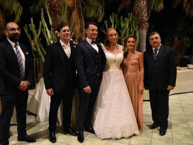 Il matrimonio di Lazzaro e Elvira a Taormina, Messina 5