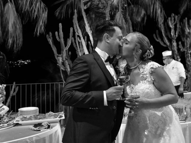 Il matrimonio di Lazzaro e Elvira a Taormina, Messina 11