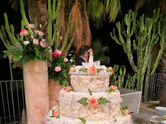 Il matrimonio di Lazzaro e Elvira a Taormina, Messina 21