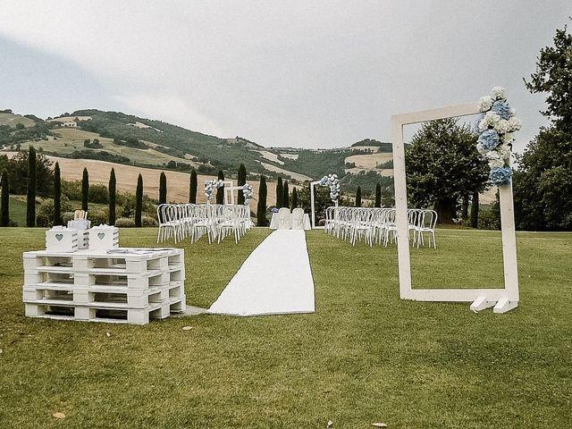 Il matrimonio di Alice e Claudio a Fossombrone, Pesaro - Urbino 6
