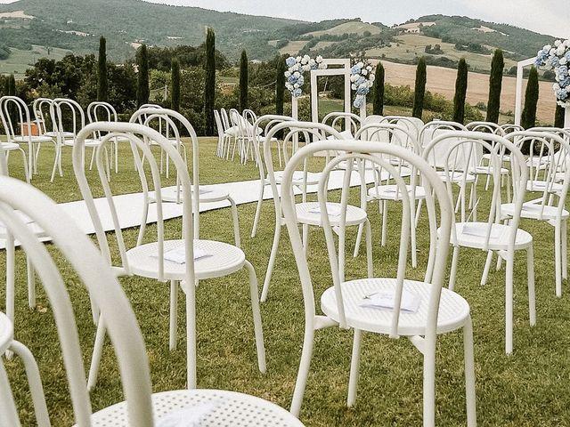 Il matrimonio di Alice e Claudio a Fossombrone, Pesaro - Urbino 7