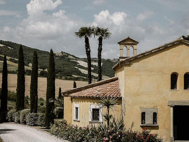 Il matrimonio di Alice e Claudio a Fossombrone, Pesaro - Urbino 1