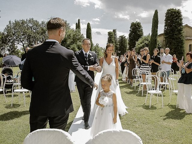 Il matrimonio di Alice e Claudio a Fossombrone, Pesaro - Urbino 48