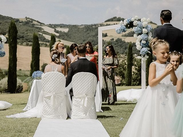 Il matrimonio di Alice e Claudio a Fossombrone, Pesaro - Urbino 63