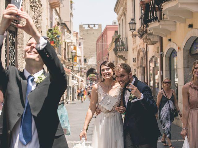 Il matrimonio di Maciek e Paulina a Taormina, Messina 30