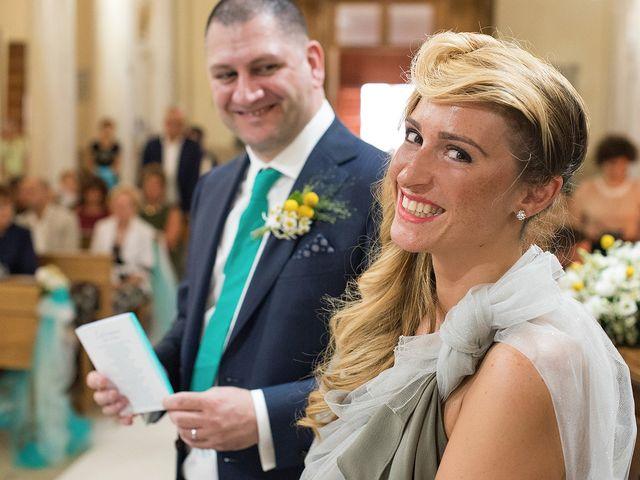 Il matrimonio di Maurizio e Norma a Porto San Giorgio, Fermo 36
