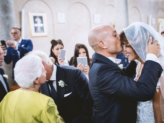 Il matrimonio di Angelo e Mariantonia a Capaccio Paestum, Salerno 15