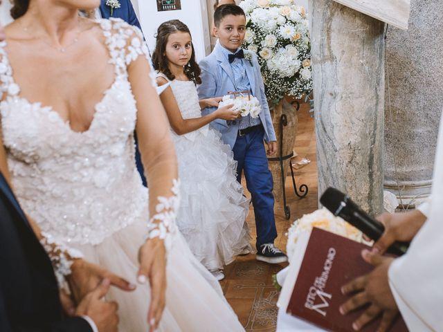 Il matrimonio di Angelo e Mariantonia a Capaccio Paestum, Salerno 17