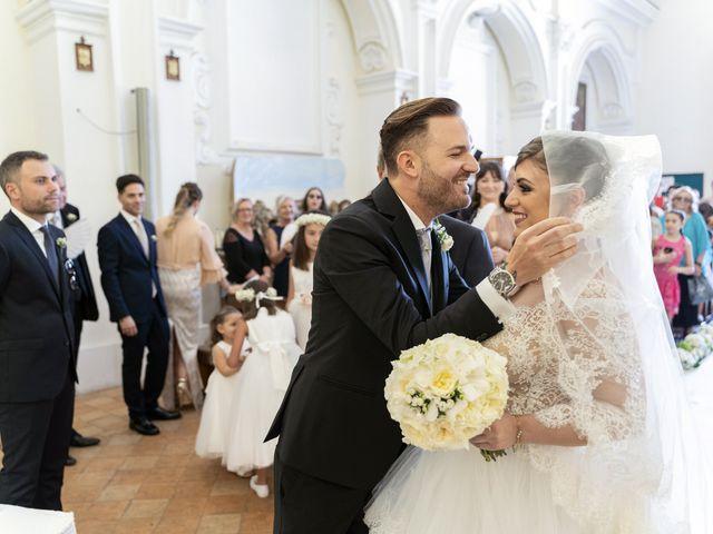 Il matrimonio di Mario e Eleonora a Limatola, Benevento 27