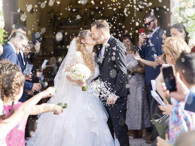 Il matrimonio di Mario e Eleonora a Limatola, Benevento 36