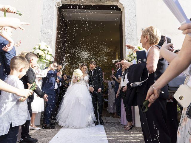 Il matrimonio di Mario e Eleonora a Limatola, Benevento 37