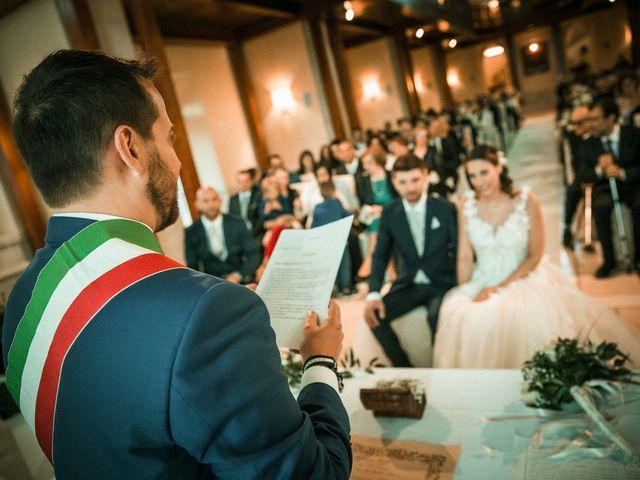 Il matrimonio di Alessio e Ilaria a Caltanissetta, Caltanissetta 45