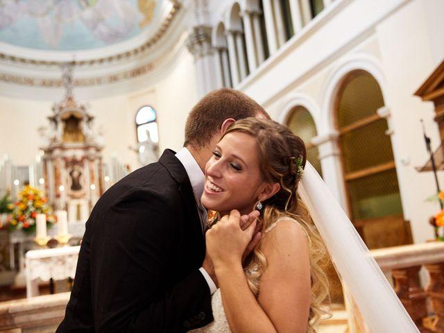 Il matrimonio di Andrea e Carolina a San Biagio di Callalta, Treviso 33