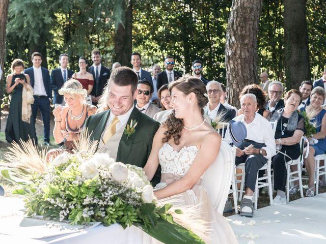 Il matrimonio di Dario e Francesca a Erba, Como 24