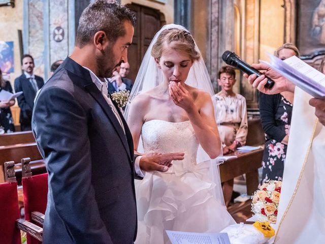 Il matrimonio di Dario e Valentina a Varallo Pombia, Novara 25