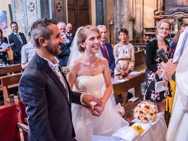 Il matrimonio di Dario e Valentina a Varallo Pombia, Novara 27