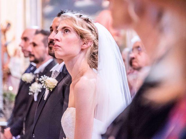 Il matrimonio di Dario e Valentina a Varallo Pombia, Novara 28