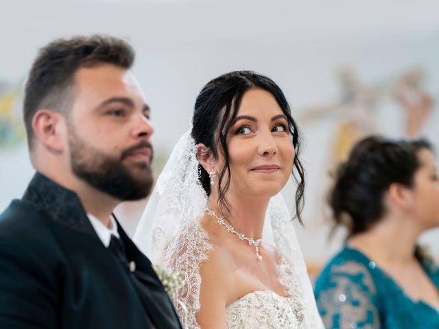 Il matrimonio di Enrico e Silvia a Jesolo, Venezia 17