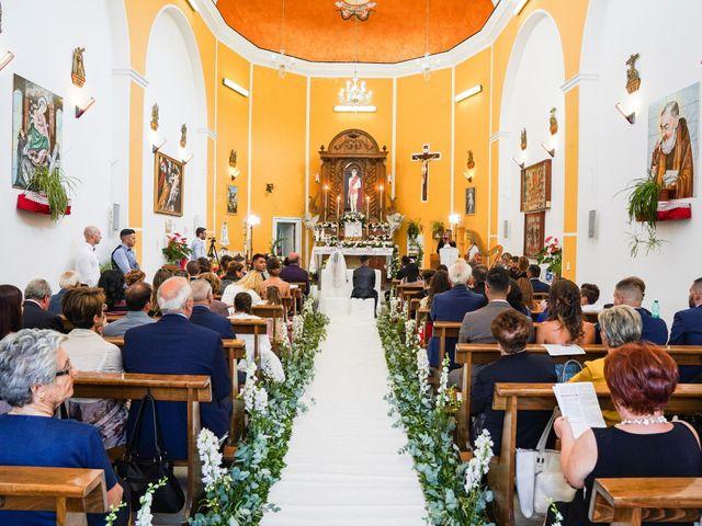 Il matrimonio di Maria e Valerio a Salvitelle, Salerno 18