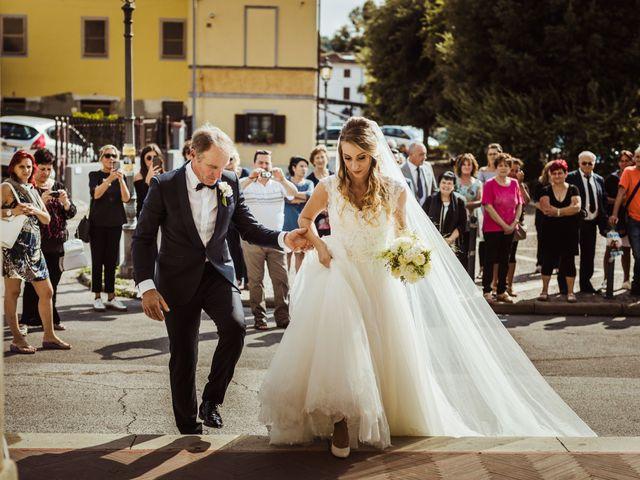 Il matrimonio di Gianmarco e Rebecca a Lucca, Lucca 20
