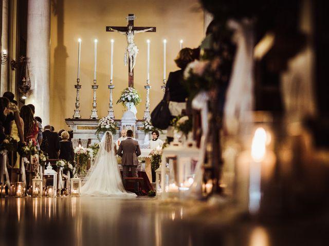 Il matrimonio di Gianmarco e Rebecca a Lucca, Lucca 23