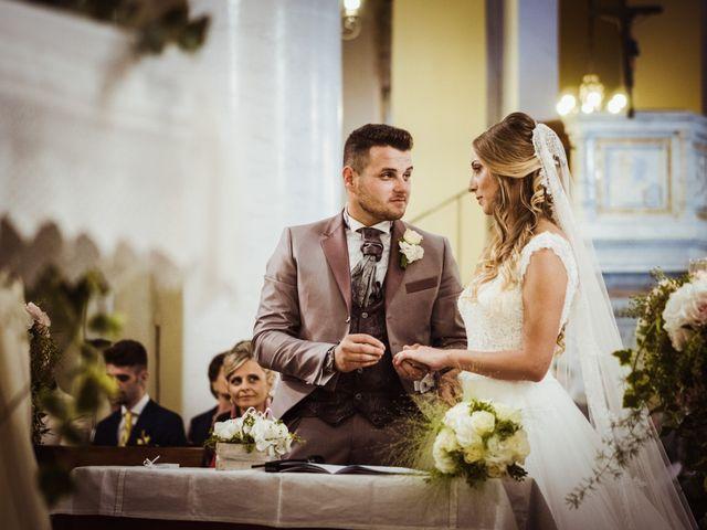 Il matrimonio di Gianmarco e Rebecca a Lucca, Lucca 25