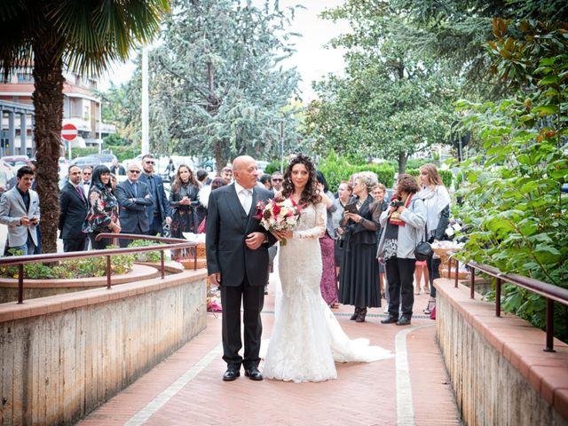 Il matrimonio di Alex e Sabrina a Sulmona, L'Aquila 22