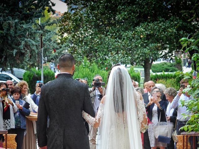 Il matrimonio di Alex e Sabrina a Sulmona, L'Aquila 26