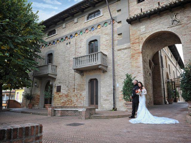 Il matrimonio di Alex e Sabrina a Sulmona, L'Aquila 33