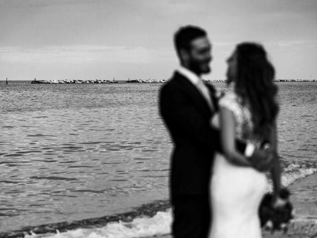 Il matrimonio di Luca e Annamaria a Fano, Pesaro - Urbino 24