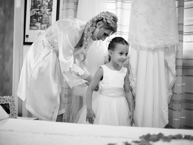 Il matrimonio di Antonio e Azzurra a Monteriggioni, Siena 15