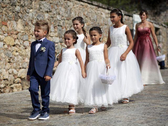 Il matrimonio di Antonio e Azzurra a Monteriggioni, Siena 23