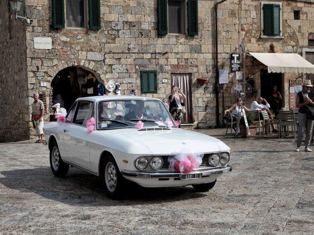 Il matrimonio di Antonio e Azzurra a Monteriggioni, Siena 26