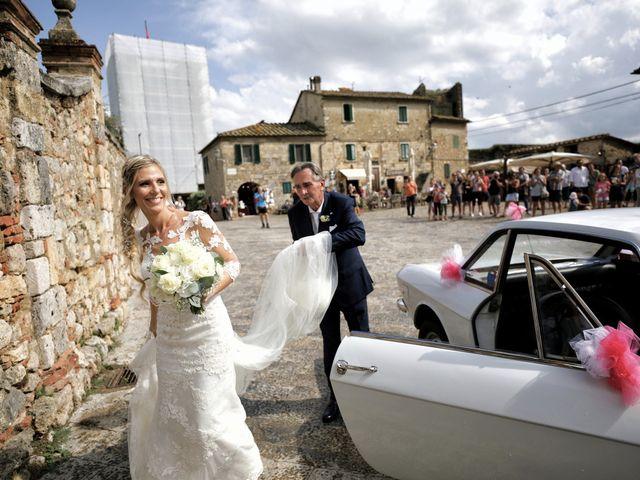 Il matrimonio di Antonio e Azzurra a Monteriggioni, Siena 27