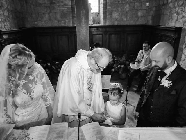 Il matrimonio di Antonio e Azzurra a Monteriggioni, Siena 34