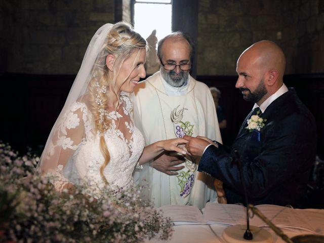 Il matrimonio di Antonio e Azzurra a Monteriggioni, Siena 36