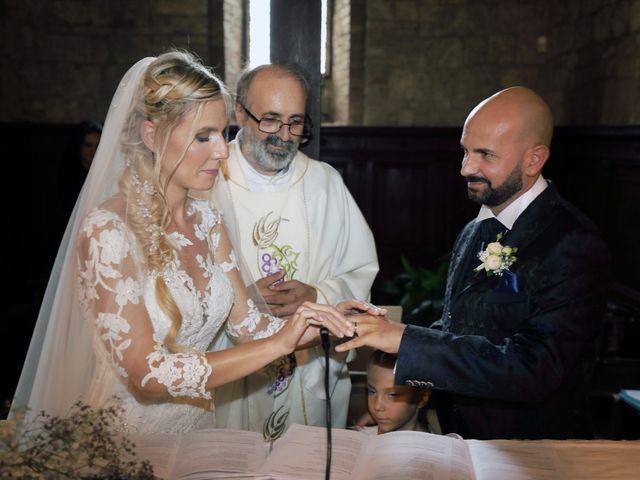 Il matrimonio di Antonio e Azzurra a Monteriggioni, Siena 38